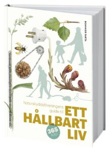 Gör Naturfalken - Ett simborgarmärke för naturen. Var med i utlottning av Årets Bok ett Hållbart liv från Naturskyddsföreningen
